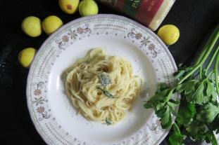 Spaghetti in Lemon-Butter Sauce
